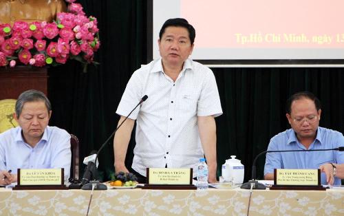 Ông Đinh La Thăng đề nghị điều tiết bay, giảm tải cho Tân Sơn Nhất