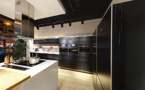 Image 231768424 ExtractWord 0 1406 4152 1481844074 Bày cho bạn cách bố trí giúp căn bếp hẹp vẫn rộng thoáng