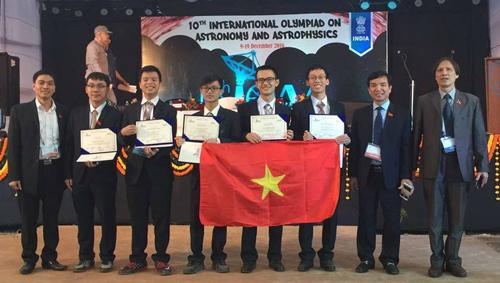 Học sinh VN giành huy chương bạc Olympic quốc tế về thiên văn