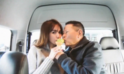 Tỷ phú Hoàng Kiều đăng video ảnh đi máy bay riêng với Ngọc Trinh