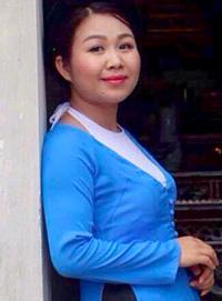 co-giao-sang-tac-dan-ca-vi-dam-bang-tieng-anh-day-cho-hoc-sinh