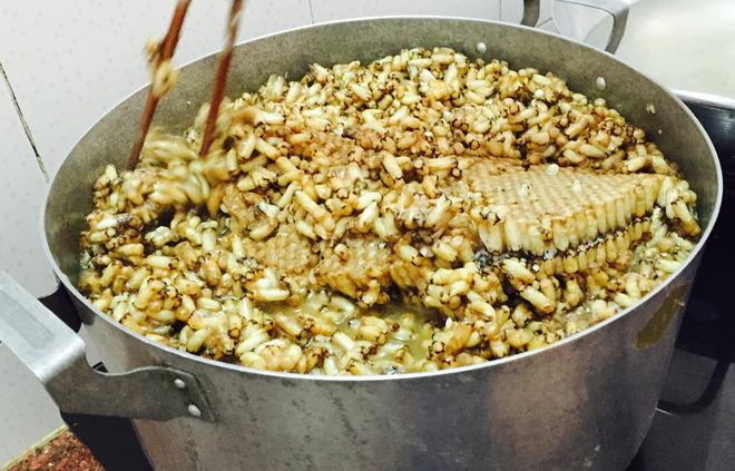Mắm ong - thức quà ngon nức tiếng của người Cà Mau
