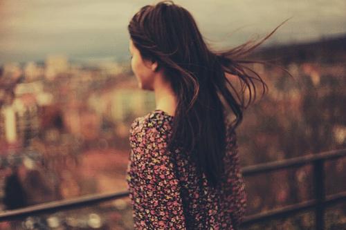 Đánh mất đời con gái nên không dám mở lòng với ai