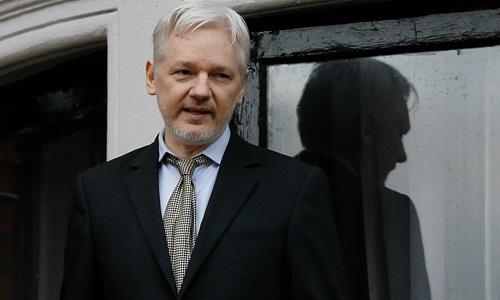 ong-chu-wikileaks-toi-do-voi-obama-nguoi-hung-voi-trump