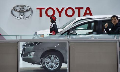 """Toyota là hãng xe nước ngoài đầu tiên nhận""""cảnh báo""""từ tổng thống đắc cử Mỹ Donald Trump. Ảnh: AFP."""