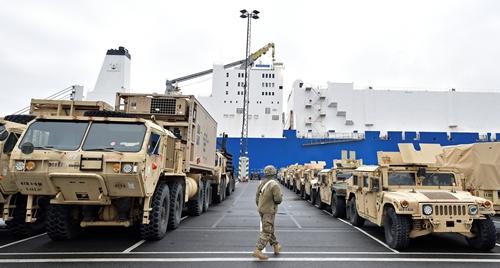 Trang thiết bị quân sự Mỹ