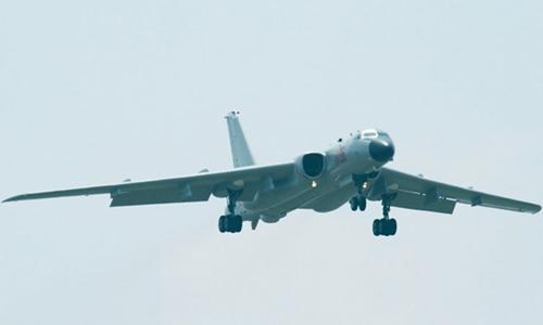 Máy bay ném bom H6-K của Trung Quốc. Ảnh: Military Today.