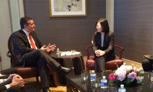 [Caption]Twitter screenshot from Ted Cruzs office showing the Senator meeting with Taiwan President Tsai Ing-wen.