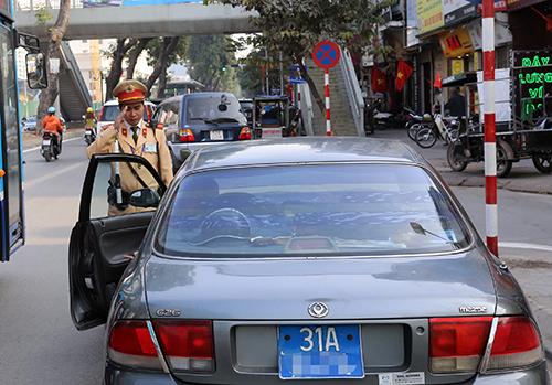 Tướng Trần Thế Quân: 'Cảnh sát giao thông giảm ra đường, sẽ dẹp được xin xỏ'