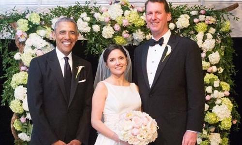 Obama làm phù rể cho trợ lý - ảnh 2