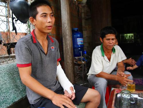 Anh Ksor Khoa bị trưởng công an xã đánh gãy tay.