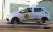 Hàng loạt ôtô bị tháo trộm bánh xe gây sửng sốt cộng đồng