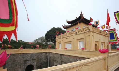 Hoàng Thành Thăng Long được quét vôi mới