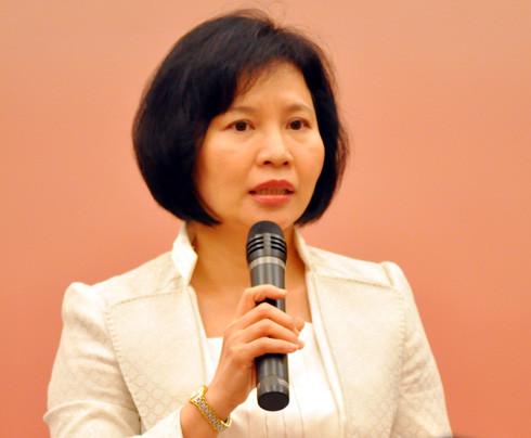 Thứ trưởng Hồ Thị Kim Thoa bị khiển trách
