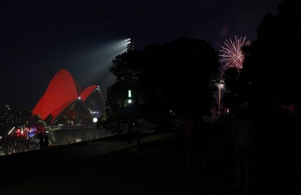 Pháo hoa tại Sydney. Ảnh: AFP
