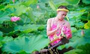 Ảnh hot nhất cộng đồng: Chàng trai lả lơi bên hoa sen