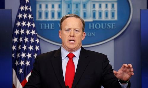 Người phát ngôn Nhà Trắng Sean Spicer. Ảnh: Reuters.