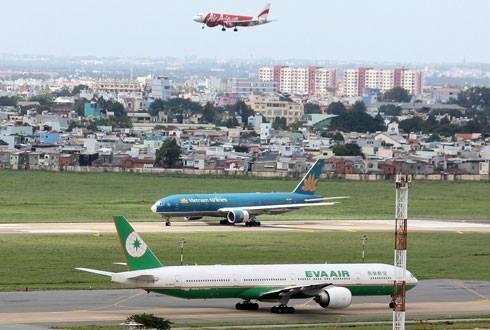 Bộ trưởng Giao thông yêu cầu đẩy nhanh việc mở rộng sân bay Tân Sơn Nhất