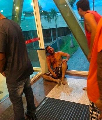 Hỗn chiến đẫm máu trên đường phố Brazil - ảnh 2