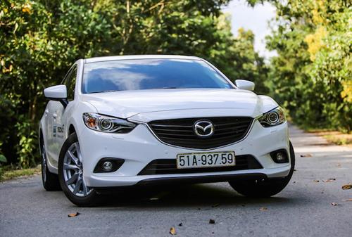 Mazda tiếp tục giảm giá sâu đầu 2017 tại Việt Nam