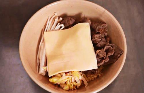 Cách làm mì bò ngon đúng chuẩn hương vị xứ Hàn