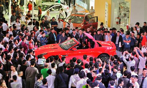 Ồ ạt giảm giá - cuộc chiến chưa từng có trên thị trường ôtô Việt Nam