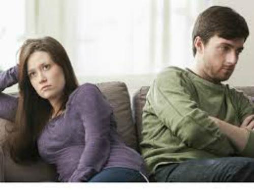 Mỗi lần nghĩ đến chồng ngoại tình tôi lại muốn gây sự với anh
