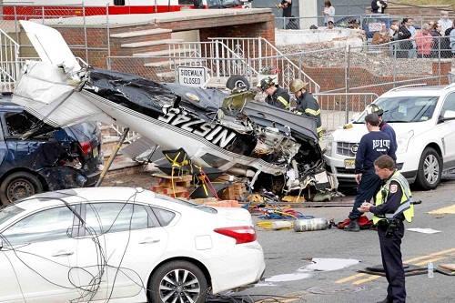 Hiện trường vụ rơi máy bay nhìn từ trên cao. Ảnh: Edmund J Coppa