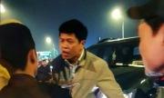 Lái xe của Thanh tra Bộ Lao động tát cảnh sát cơ động vì bực mình