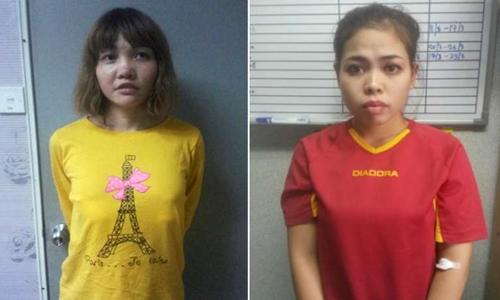Nghi phạm mang hộ chiếu Việt Nam có tên Doan Thi Huong (trái) và nghi phạm Siti Aisyah, công dân Indonesia. Ảnh: Reuters.