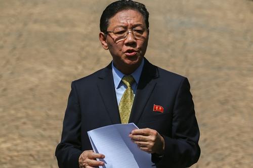 Đại sứ Triều Tiên tại Malaysia Kang Chol. Ảnh: Reuters