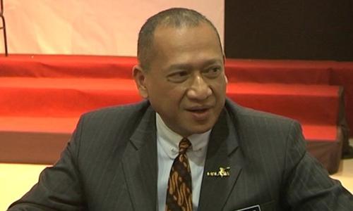 Bộ trưởng Văn hóa và Du lịch Malaysia Mohamed Nazri Abdul Aziz. Ảnh: Star