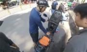 Thanh niên xin tiền đổ xăng bị lật tẩy chiêu lừa