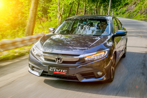 vuot-nguong-tien-ty-honda-civic-the-he-moi-co-gi