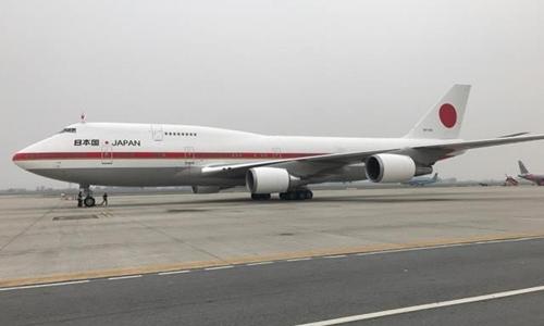 Chuyên cơ Air Force One của Nhật Bản tại sân bay Nội Bài trong chuyến thăm Việt Nam lần đầu tiên của Nhà vua và Hoàng hậu Nhật Bản. Ảnh: Giang Huy.