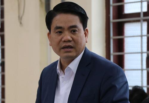 Chủ tịch Hà Nội: '80% quán bia vỉa hè có công an chống lưng'