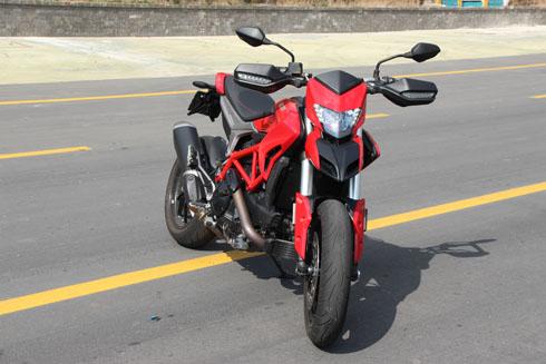 ducati-hypermotard-939-xe-off-road-cho-gioi-tre-viet-page-2