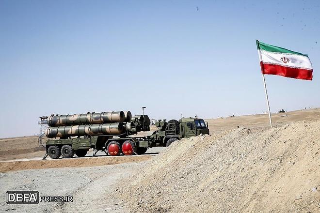Iran phóng thử tên lửa có khả năng đe dọa không quân Mỹ