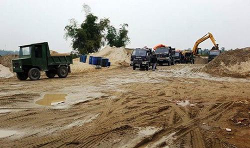 Phó chủ tịch huyện bị phê bình vì để xảy ra khai thác cát trái phép