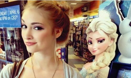 Phiên bản đời thật của nữ hoàng băng giá Elsa vừa xinh đẹp, vừa cá tính.