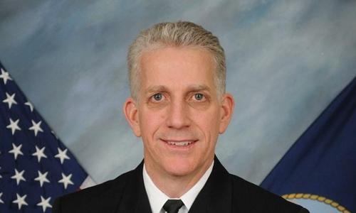 Chuẩn đô đốc về hưu Bruce Loveless. Ảnh: Reuters