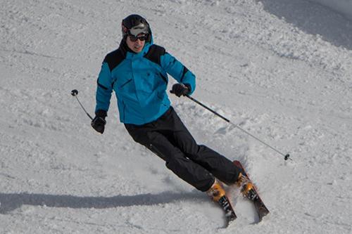 Hoàng tử William trượt tuyết ở khu nghỉ dưỡng Verbier