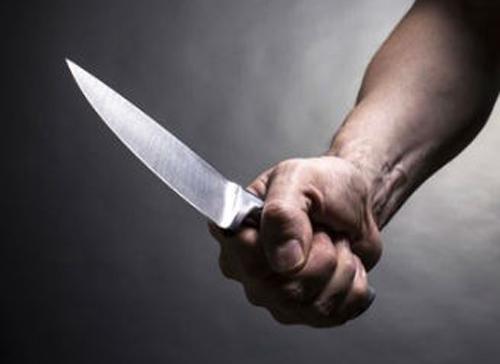 Cô gái đâm chết người tình ở ven Sài Gòn vì bị thách thức