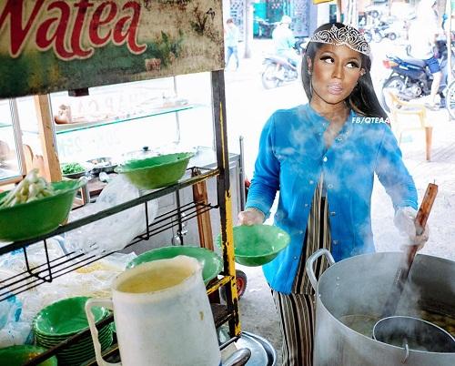 Nữ rapper Nicki Minaj bán hủ tiếu nhưng không quên mang vương miện.