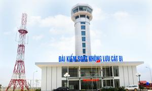 Máy bay không liên lạc được sân bay Cát Bi vì kiểm soát không lưu ngủ quên