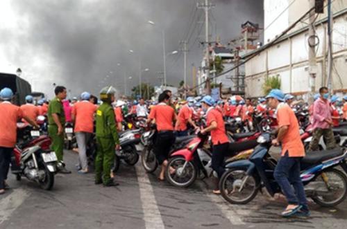 Cần Thơ: Cháy lớn trong khu công nghiệp