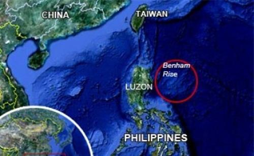 Vị trí bãi đất ngầm Benham Rise, Philippines. Đồ họa: Inter Aksyon.