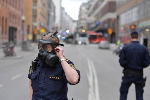 Cảnh sát Thuỵ Điển tại hiện trường. Ảnh: Reuters