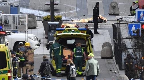 Hiện trường vụ lao xe vào đám đông. Ảnh: Reuters