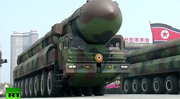 Mẫu tên lửa đạn đạo mới do Triều Tiên công bố. Ảnh: RT.